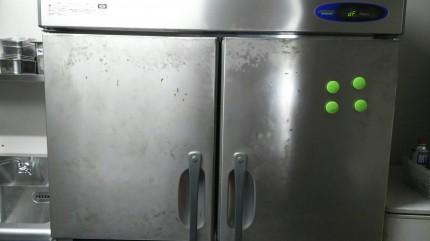 冷蔵庫ビフォアー2